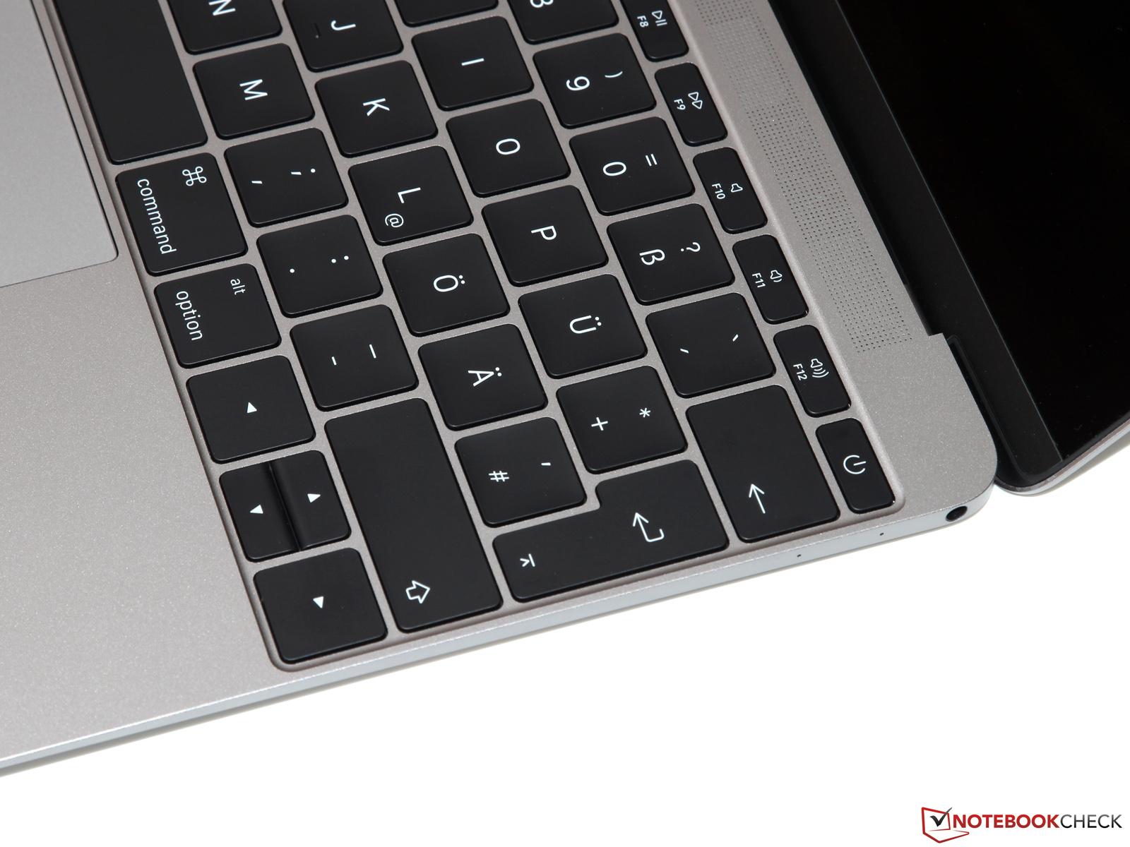 Vind macbook air 2015 in Laptops Apple