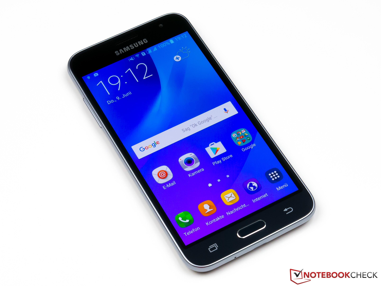 Kort Testrapport Samsung Galaxy J3 2016 Duos Smartphone