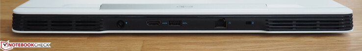Achter: AC-voeding, HDMI, USB type-A, RJ45-LAN, Noble Lock