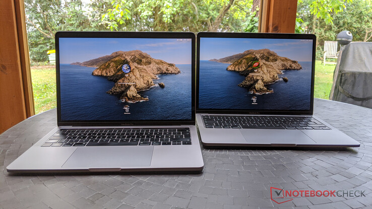 MacBook Pro 13 2019 (links) vs. MacBook Po 13 2020 (rechts)
