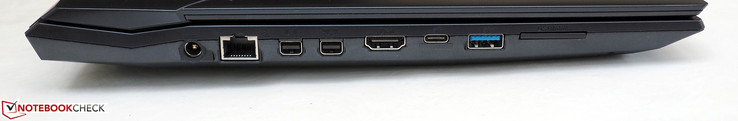links: DC-in, RJ45-LAN, Mini DisplayPort 1.2, Mini DisplayPort 1.4 (G-Sync), HDMI 2.0, USB-C 3.1 Gen2, USB-A 3.1 Gen2, kaartlezer